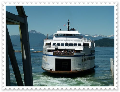 Here comes our ferry!